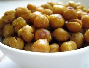 Thai Spiced Roasted Chickpeas from www.EverydayMaven.com