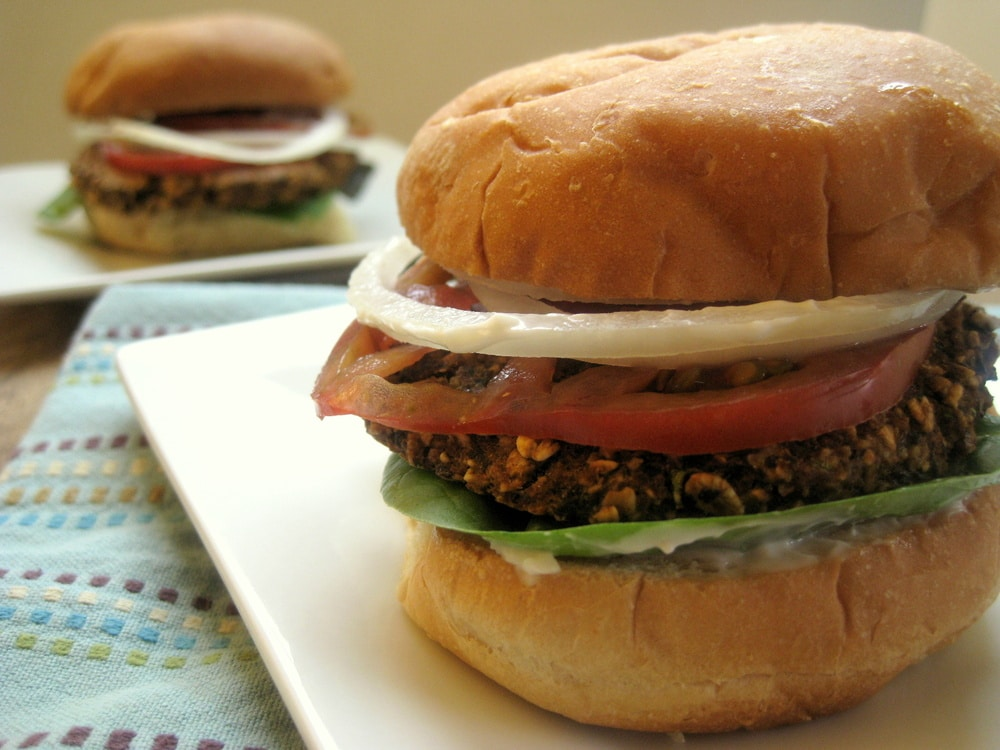 Black Bean Veggie Burgers from www.everydaymaven.com