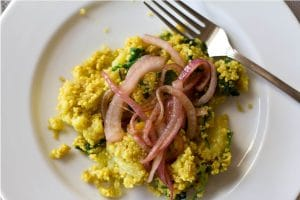Guest Post: Curried Cauliflower and Quinoa by Bluebird Kisses