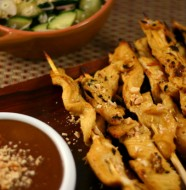 Weight Watchers Chicken Satay with Peanut Sauce from www.everydaymaven.com