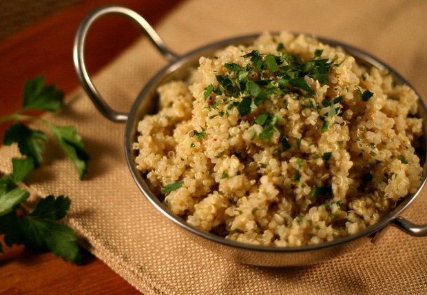 Toasted Garlic and Parsley Quinoa from www.everydaymaven.com