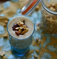 Peanut Butter and Jelly Smoothie from www.everydaymaven.com