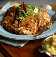 Slow Cooker Curry Chicken from www.everydaymaven.com