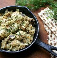Lightened up Matzo Brei from www.everydaymaven.com