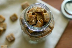 The Food Matters Project: Whole Wheat Croutons
