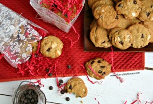 {Triple} Coconut Chocolate Chip Cookies from www.everydaymaven.com