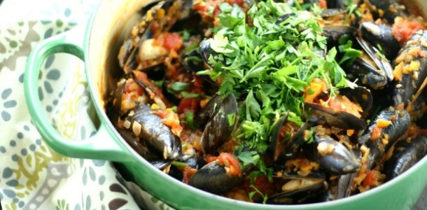 Mussels Fra Diavolo from www.everydaymaven.com