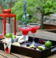 Blackberry Margaritas from www.everydaymaven.com