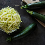 How to Make Zucchini Noodles from www.everydaymaven.com
