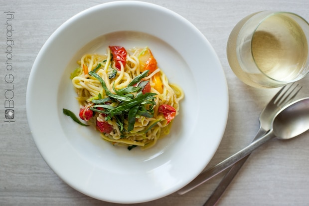 Zucchini Noodles with Fresh Tomato Sauce