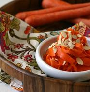 Curried Carrot Salad from www.everydaymaven.com