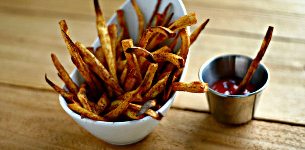 Old Bay Fries from www.everydaymaven.com