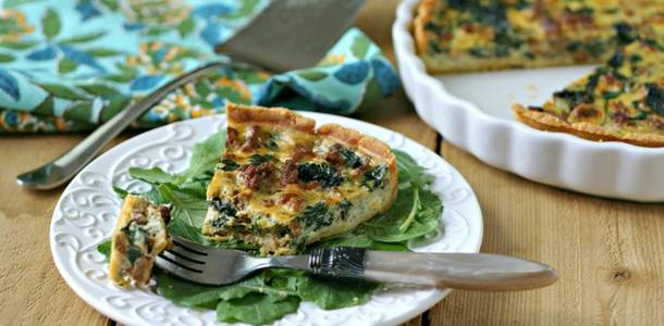 Paleo Quiche with Chorizo and Spinach from www.EverydayMaven.com