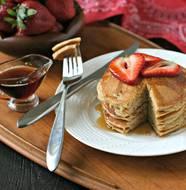 Paleo Cashew Pancakes from www.EverydayMaven.com