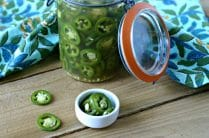 Easy Pickled Jalapeños