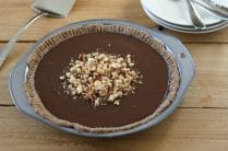 Paleo Chocolate Pudding Pie from www.EverydayMaven.com
