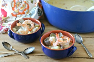 Dairy Free Shrimp and Clam Chowder from www.EverydayMaven.com