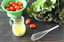 Raw Garlic Dressing from www.EverydayMaven.com
