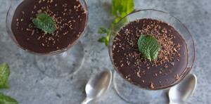Paleo Chocolate Mousse with Mint from The Tomato Tart on www.EverydayMaven.com