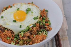 Korean Style Cauliflower Rice from Hip Foodie Mom