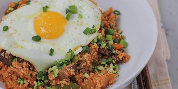 Korean Style Cauliflower Rice from Hip Foodie Mom