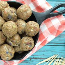 Bacon Ranch Meatballs from Plaid and Paleo