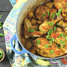 One Pot Turmeric Chicken with Vegetables from www.EverydayMaven.com
