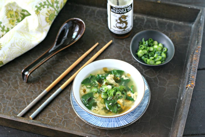 Quick Spinach Egg Drop Soup from www.EverydayMaven.com