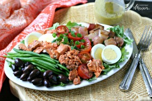 Low Carb Salmon Nicoise Salad