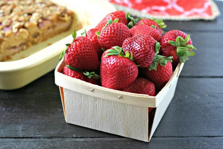 Strawberry Almond Coffee Cake from www.EverydayMaven.com