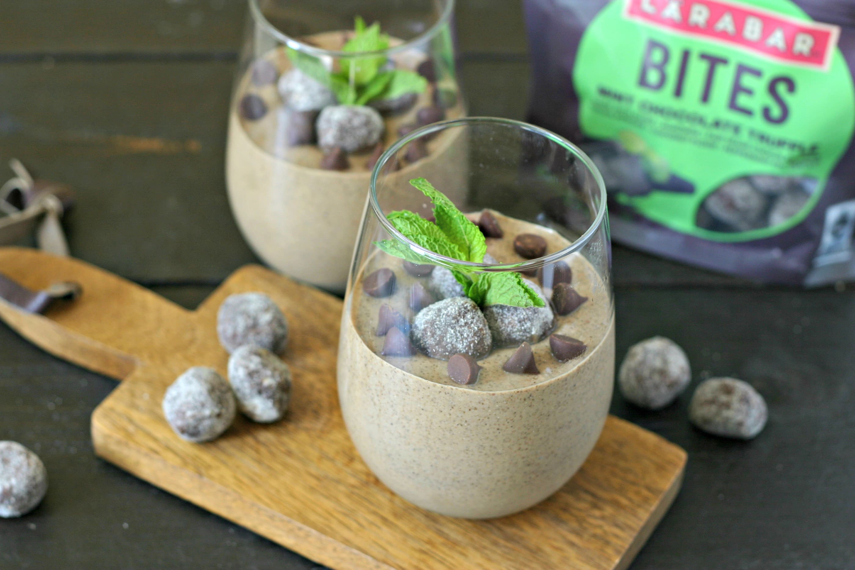 Mint Chocolate Chip Chia Seed Pudding from www.EverydayMaven.com