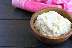 10 Minute Instant Pot Mashed Potatoes