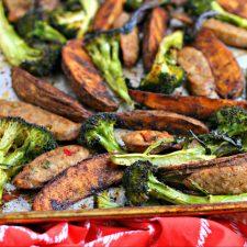 Italian Sausage Broccoli & Paprika Potato Sheet Pan Dinner