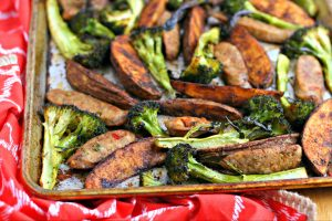 Italian Sausage Broccoli & Paprika Potato Sheet Pan Dinner