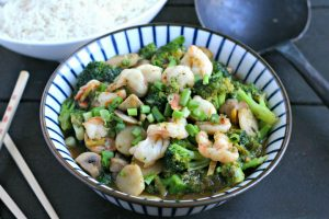 Shrimp and Broccoli Stir Fry in Ginger Sauce