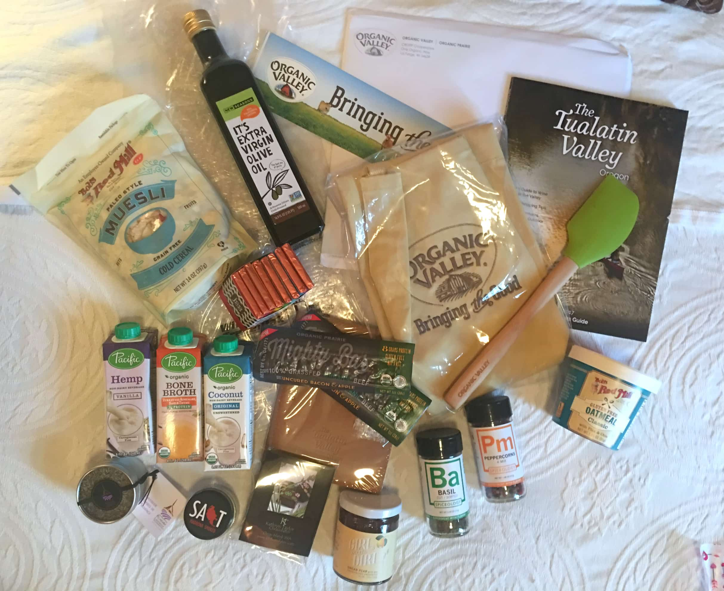Contents of Gift Bags #PNWFoodRetreat