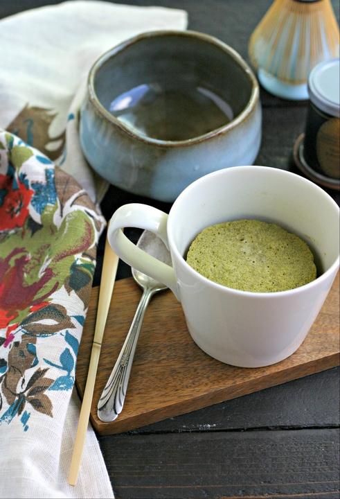 Low Carb Matcha Mug Cake from www.EverydayMaven.com