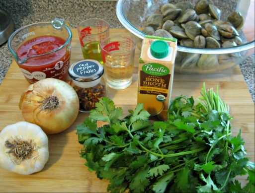 ingredients to make Steamed Clams Recipe