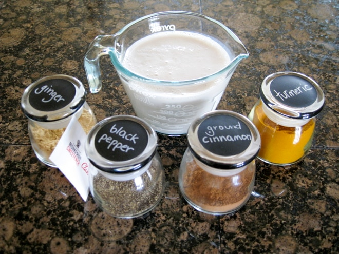 ingredients to make quick turmeric milk recipe