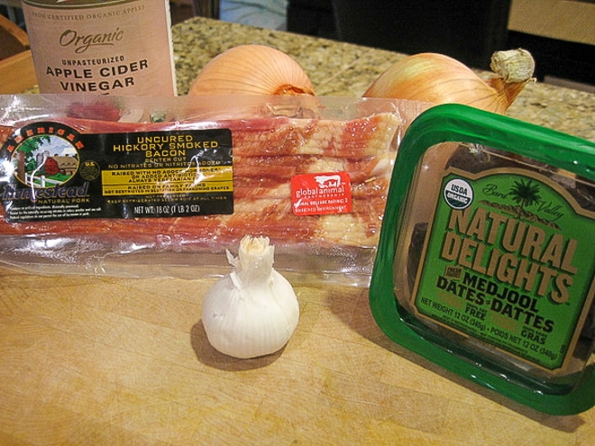 ingredients to make bacon jam recipe