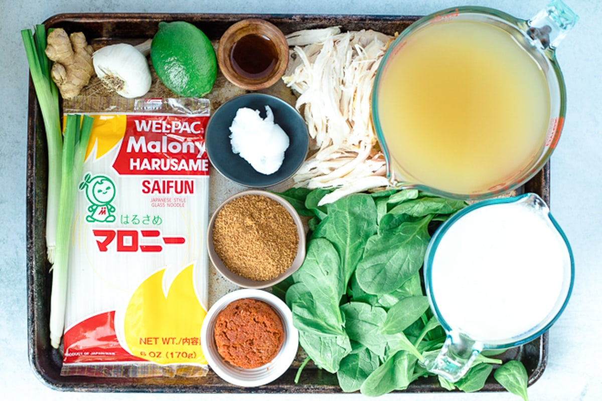 ingredients to make red curry soup